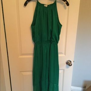 NWT green dress with detail at bottom